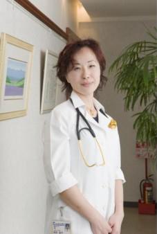 院長 長田良子(医学博士)